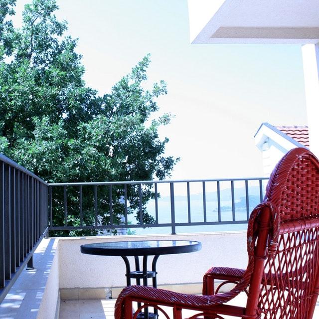 aranżacje pomysły na balkon