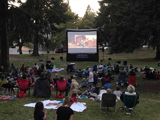 kino w ogrodzie pomysły