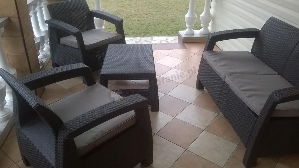Curver Corfu Set Max  brązowy zestaw ogrodowy z 3 osobową sofą